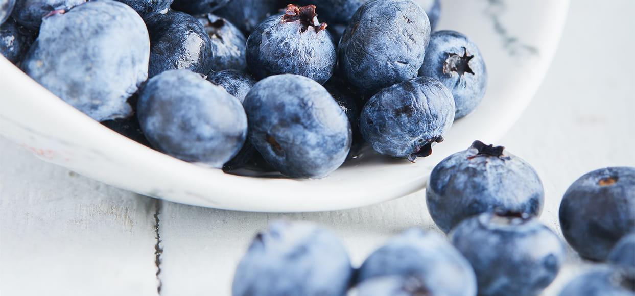 A bowel full of blueberries
